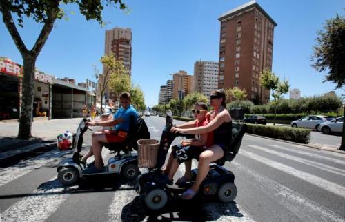 Los hoteles ponen coto a las sillas de ruedas a motor