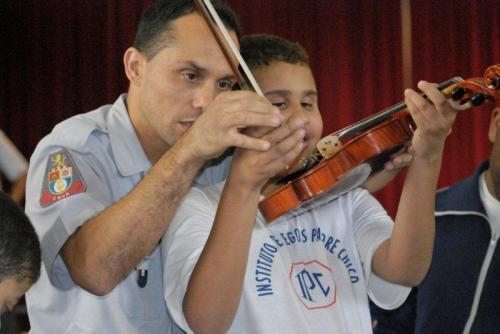 Camerata do Corpo Musical da Polícia Militar do Estado de São Paulo no Instituto de Cegos Padre Chico