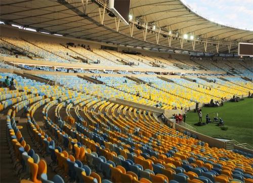 O novo Maracanã será o local da cerimônia de encerramento da Copa do Mundo 2014. Importância maior para as questões de acessibilidade.