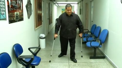 Com deficiência nas duas pernas desde criança, Eduardo Patrício, de 37 anos, foi impedido de comprar ingresso com desconto na Arena das Dunas, em Natal