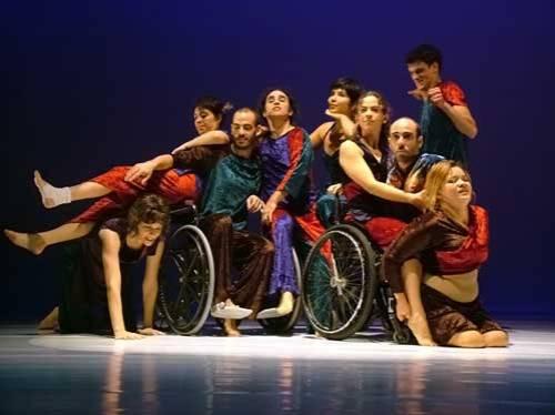 Oficina de Dança DanceAbility inclui pessoas com diferentes tipos de deficiência