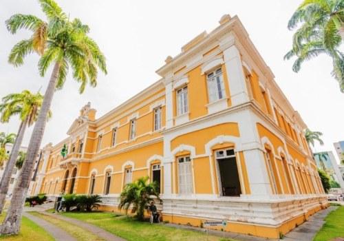 O Palácio da Instrução é um dos setes estabelecimentos que passarão por adaptações de acessibilidade