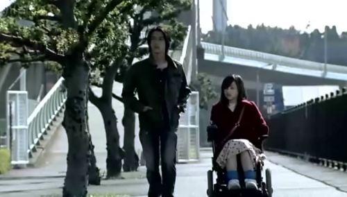O sucesso do dramático livro de Aya Kito acabou gerando um longa metragem, série de televisão e também um Mangá