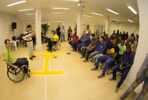 Comitê 2016 promove palestras sobre acessibilidade para operários do Parque Olímpico