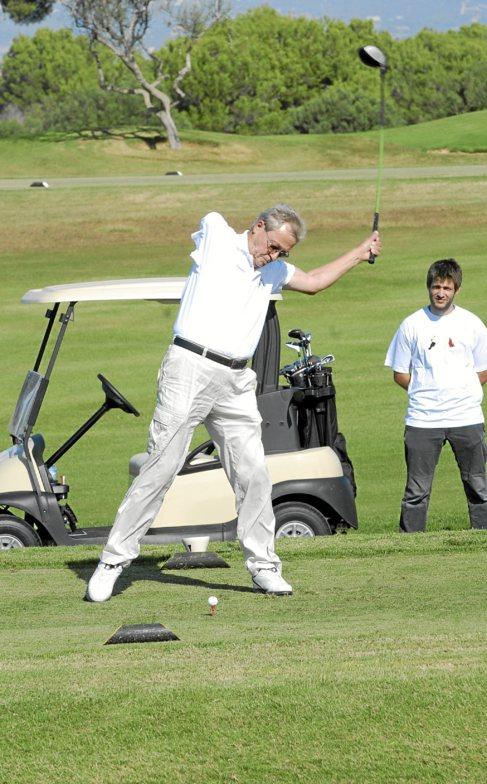 Fundación Handisport pone en marcha su primera escuela de golf para personas con discapacidad física y-o psíquica de Mallorca