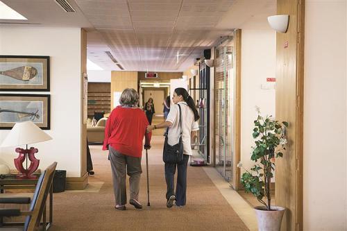 Preparadas para pessoas com mais de 65 anos, as residências sénior permitem estadias vitalícias ou temporárias.