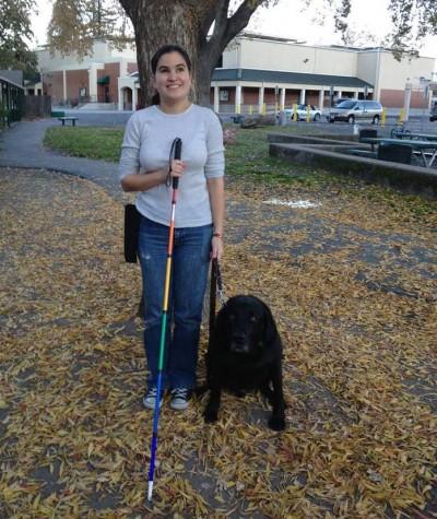A americana Caitlin Hernandez, que faz mestrado em educação, dá dicas de comportamento inclusivas