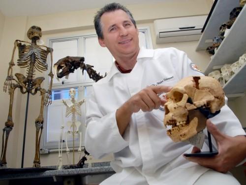 Professor Athelson é o idealizador do projeto Corpo Humano com acessibilidade