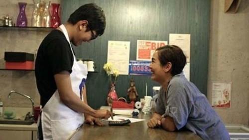 A mãe de Jose, Girlie, nunca viu diferenças entre o filho autista e as suas outras crianças