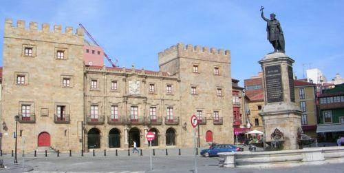 Oviedo y Gijón se encuentran entre las más de cuarenta ciudades que compiten en la II edición de la campaña Destino Turístico Accesible