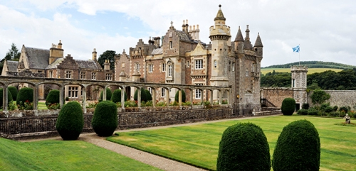 The Silver Travellers have been visiting attractions in the Scottish Borders and Edinburgh. They're looking for great places for a day out that cater for those with limited mobility.