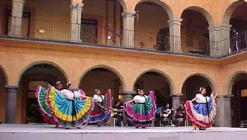 Casa de Cultura de Puebla abarca el Circuito Turístico Cultural Accesible