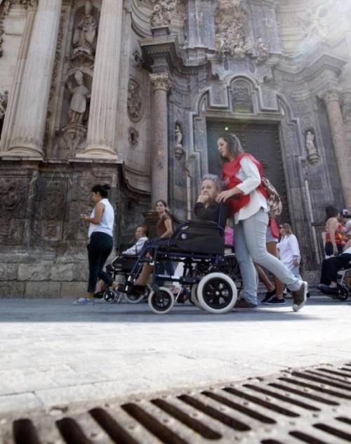 La tarjeta de reconocimiento del grado de discapacidad, que podrán utilizar las personas con el 33% o más de minusvalía