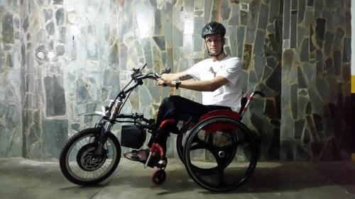 Tecnologias permitem o usuário ter uma cadeira de rodas flex, e optar pelo uso manual, ou motorizado com um equipamento de fácil instalação