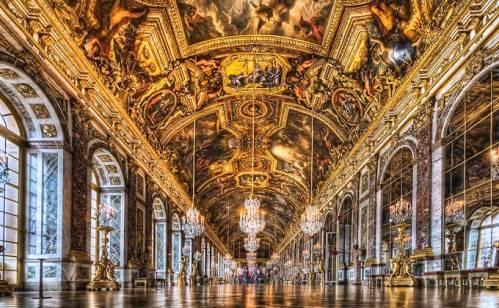 Símbolo da monarquia, o lindo e encantador Palácio de Versalhes e seus jardins