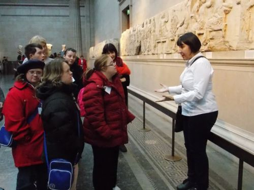 Guiding visitors with learning difficulties. T-Guide training at the British Museum