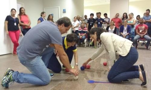 Capacitação. Profissionais de Educação Física têm aulas para aprender a lidar com pessoas deficientes