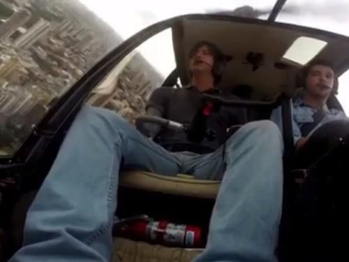 Piloto Carlos Santoro fala como voltou para a aviação após prótese