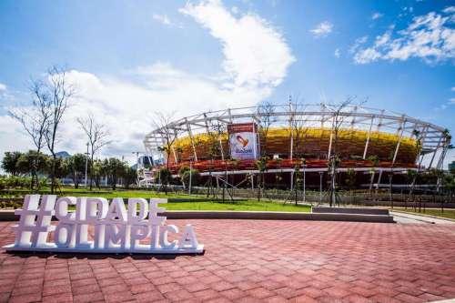 A 100 dias da disputa dos Jogos Paralímpicos, órgão carioca afirma que distribuirá quase 600 mil ingressos para a Olimpíada e Paralimpíada e ressalta ações de inclusão
