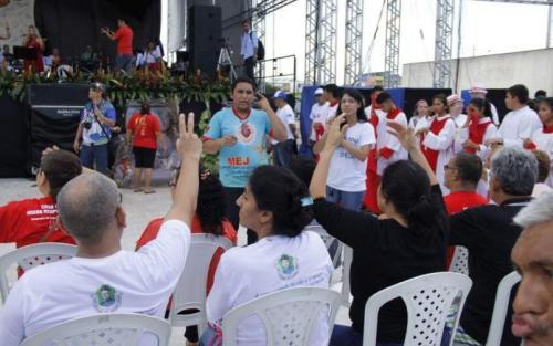 Em grandes solenidades, a Catedral Metropolitana de Manaus também dispõe das traduções, segundo intérprete.