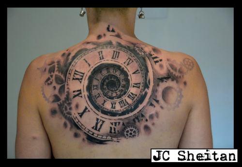 jc-sheitan-tatoo-relogio-costas