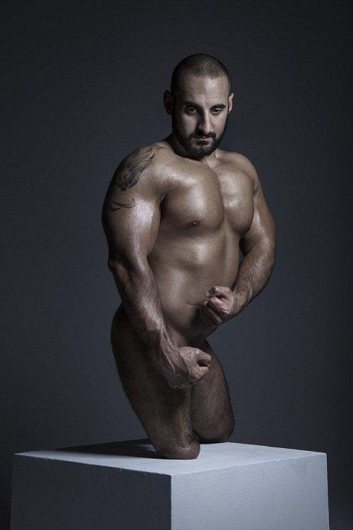 o-levantador-de-peso-ali-jawad-27-anos-nasceu-sem-as-duas-pernas