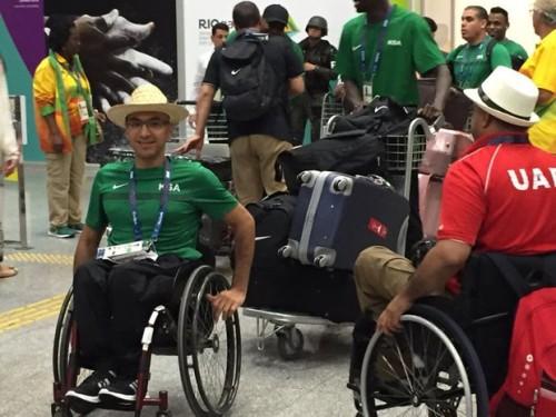 atletas-paralimpicos-chegando-ao-rio-de-janeiro-e-movimentando-o-aeroporto-galeao