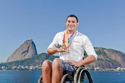 clodoaldo-silva-conheceu-a-natacao-como-processo-de-reabilitacao-e-se-tornou-um-dos-maiores-medalhistas-do-brasil-em-paralimpiadas