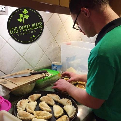 los-perejiles-preparando-as-empanadas
