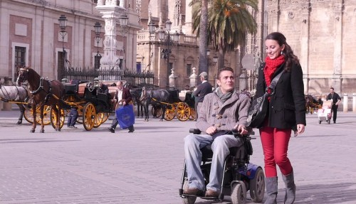 Antonio-hierro-viu-o-mundo-de-seu-wheelchair-como-um-profissional-soldado-a-carro-acidente-durante-uma-paz-missão-em-bósnia- Mobilidade limitada