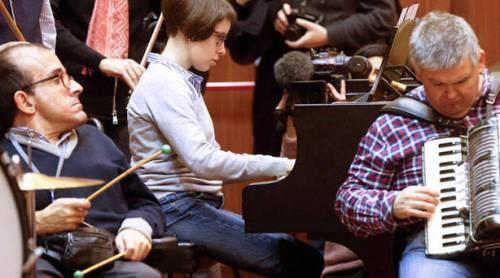 un-momento-del-ensayo-del-concierto-que-se-celebrara-el-4-de-febrero-en-el-kursaal
