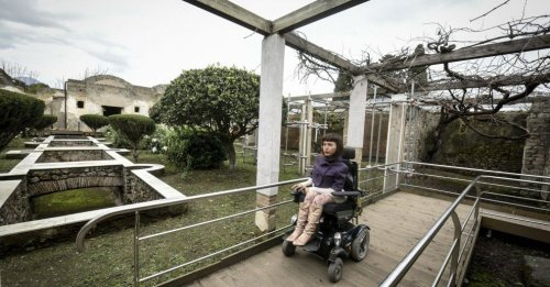 wheelchair-access-to-visit-historical-places