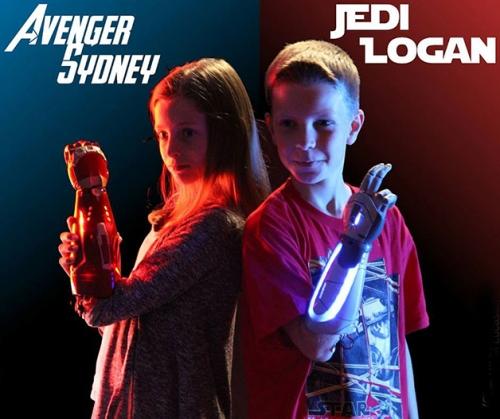 sentindo-se-como-avenger-sydney-e-jedi-logan