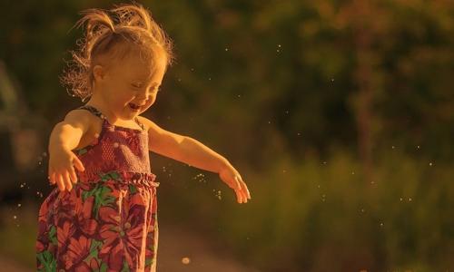 stephanie-mullowney-e-fotografa-e-mae-de-uma-menina-com-sindrome-de-down-e-encontrou-na-fotografia-uma-forma-de-romper-com-preconceitos