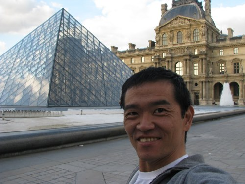 ricardo-offers-holiday-packages-for-disabled-groups-to-see-the-sights-of-paris